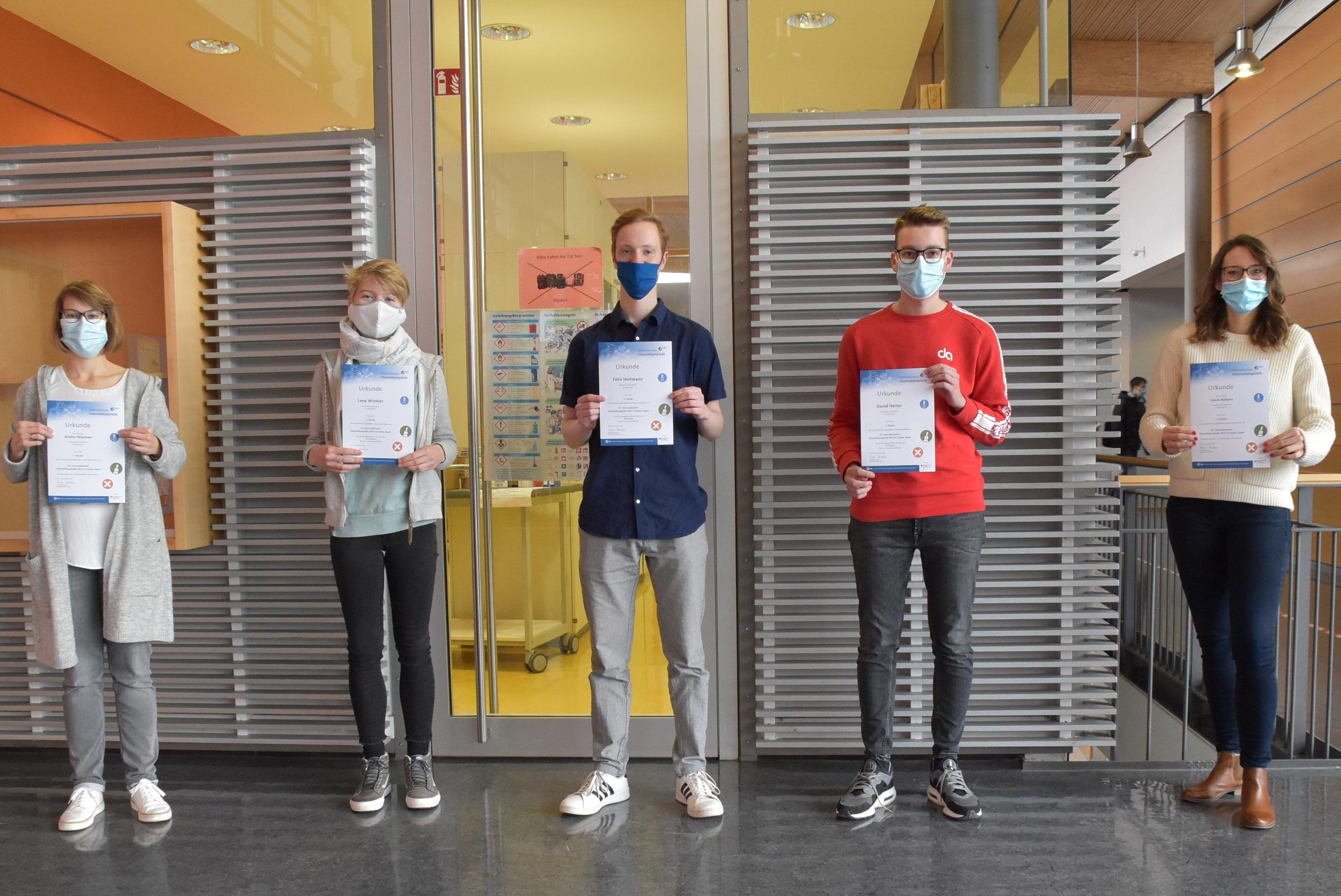 2020 12 03 Urkunden Chemie Olympiade HP